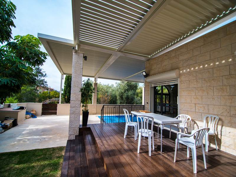 pergola aluminum, wood vs. aluminum pergola   your house helper, Design ideen