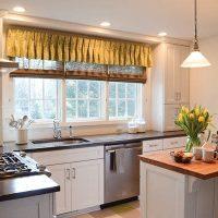 4 Simple Kitchen Re-Decorating Ideas